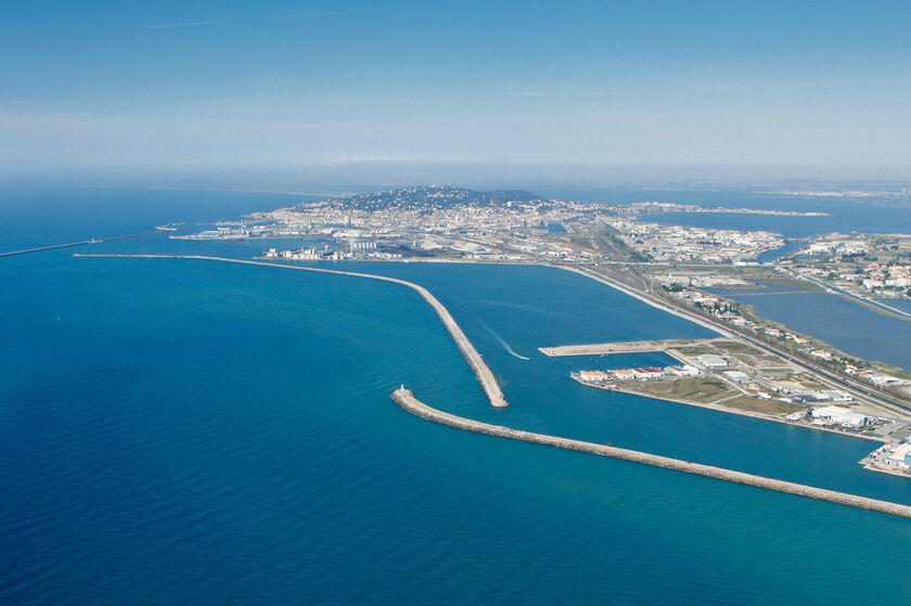DAS 6 Portd infrastructures et transports maritimes Pôle Mer Méditerranée